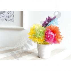 Kwiaty z bibułki